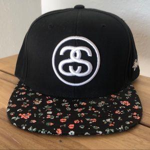 Stussy snapback hat